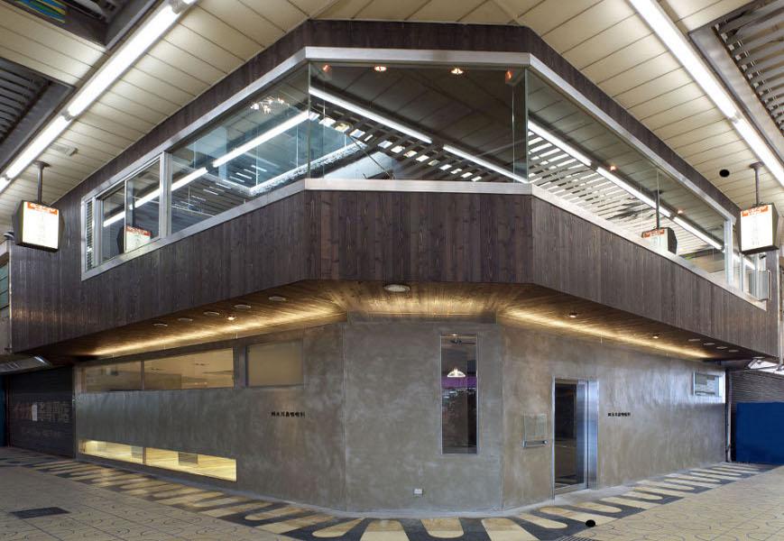 大阪の建築家による耳鼻咽喉科病院医院クリニックの設計実例|商店建築 2009年2月 掲載|大阪府和泉市