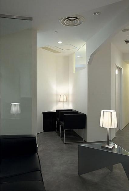 大阪の建築家による精神科 心療内科 医院の設計 ビル診のクリニックの改装実例画像