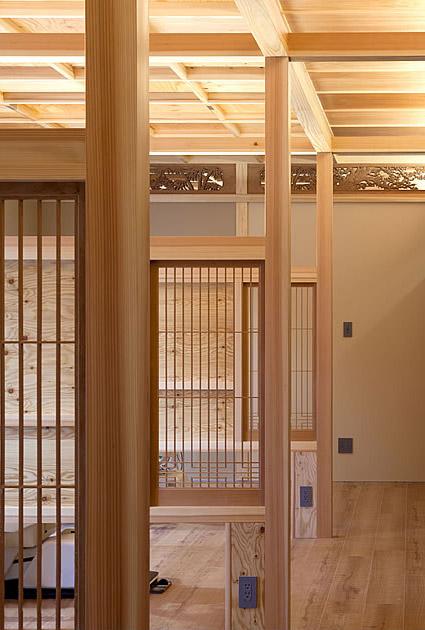 大阪の建築家による歯科医院の設計 歯科クリニックの改装実例 鉄筋コンクリ―ト造の建物の中をリノベーション。既存の障子や欄間を活かした和風の内装。診療室2