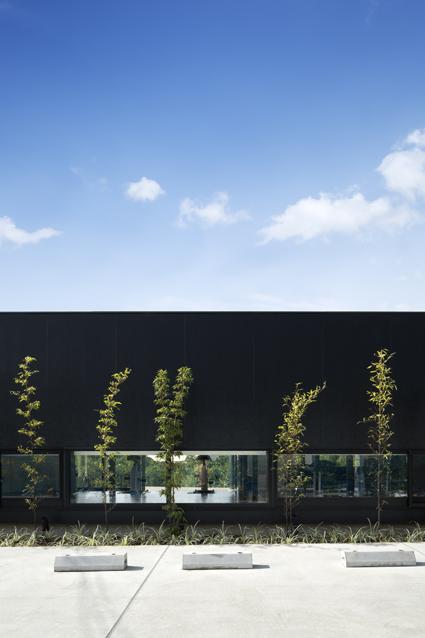 デイサービス健幸の里は平岡建築デザインが設計した大阪の福祉施設です。