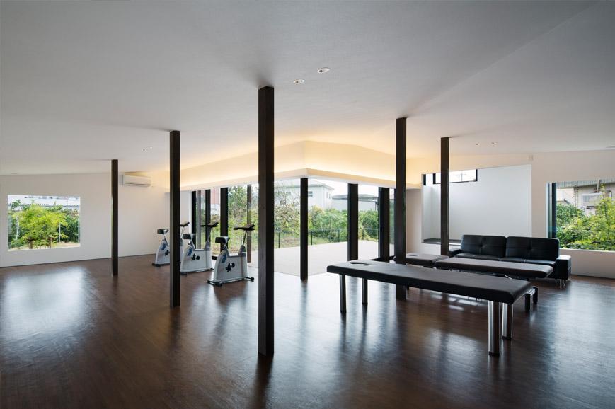 機能訓練型デイサービスは平岡建築デザインの設計した福祉施設です