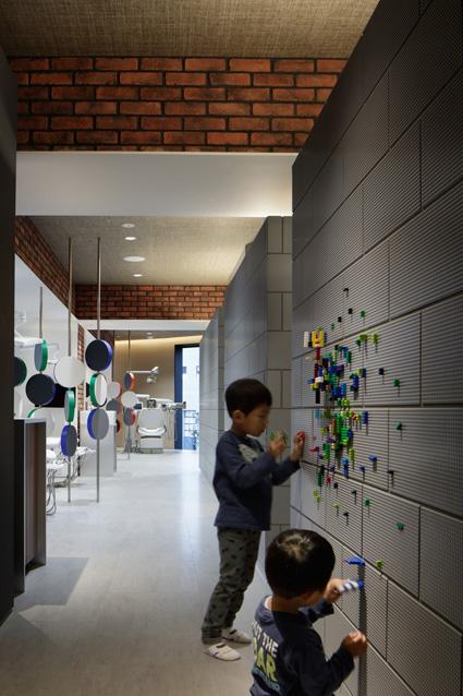 横浜の小児歯科・矯正病院デザインの診療室や診察室