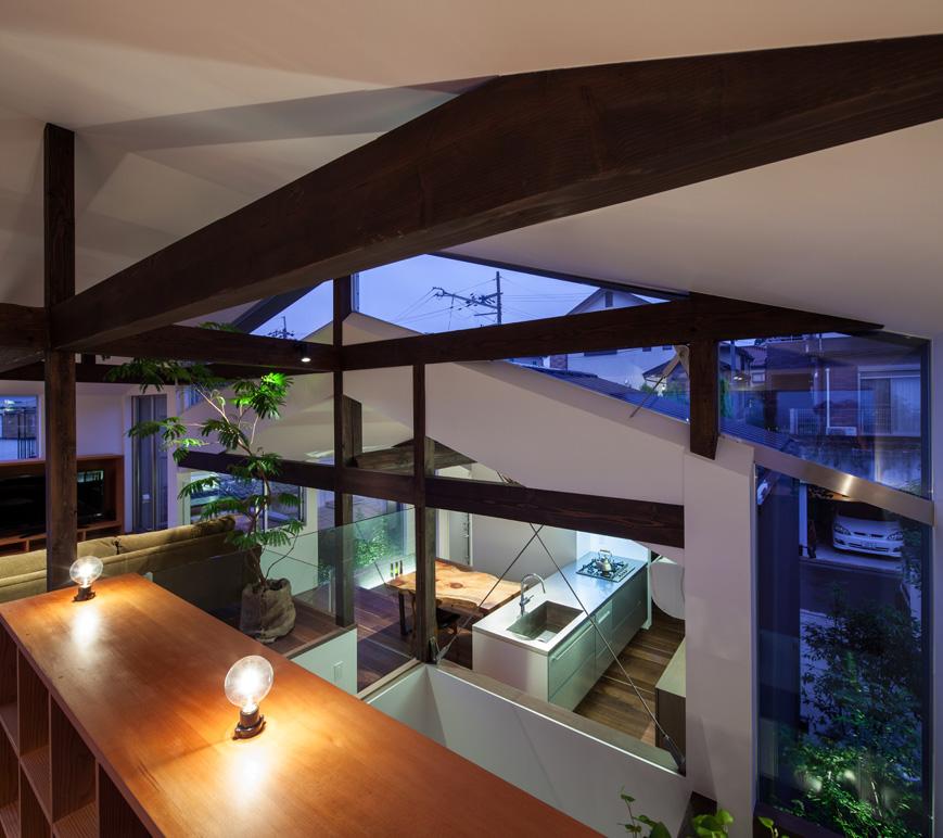眺望のスキップハウスリビングルームは大阪の住宅設計